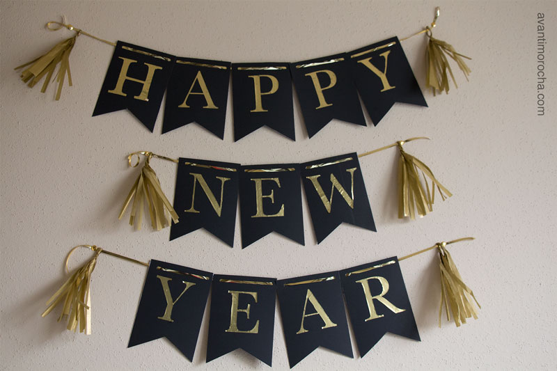 DIY New Year Banner