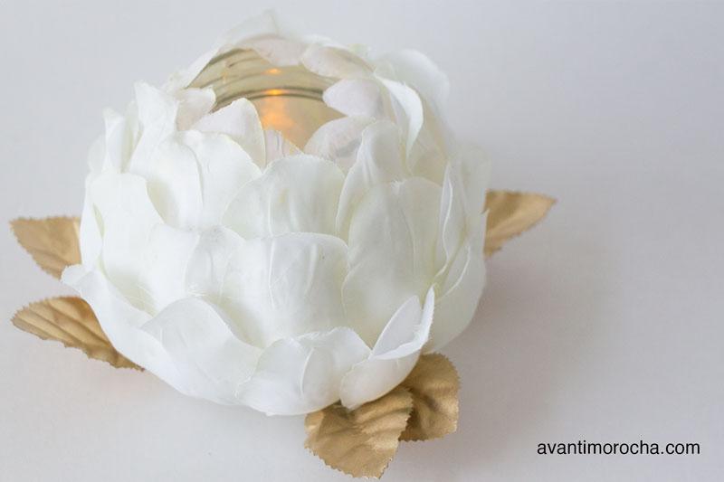 DIY Rose Nightlight -Plastic spoons
