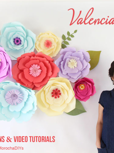 DIY Giant Paper Flower Backdrop Valencia and Sydney | Flores Gigantes de Papel