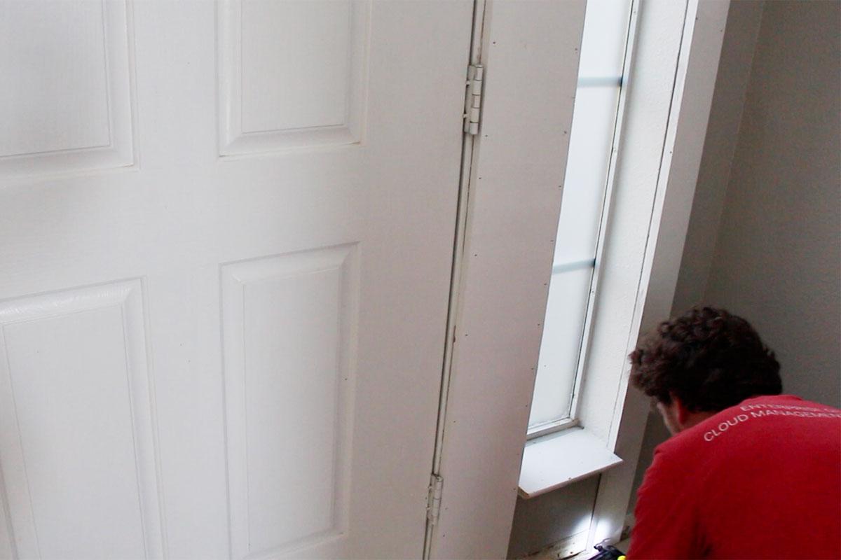 Diy Front Door Makeover Crown Molding Avanti Morocha