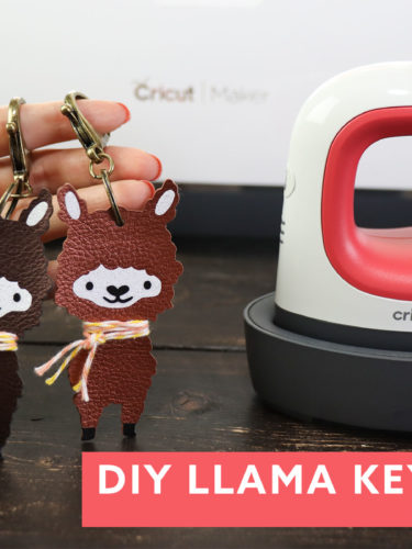 Cricut Easypress Mini Llama Keychains